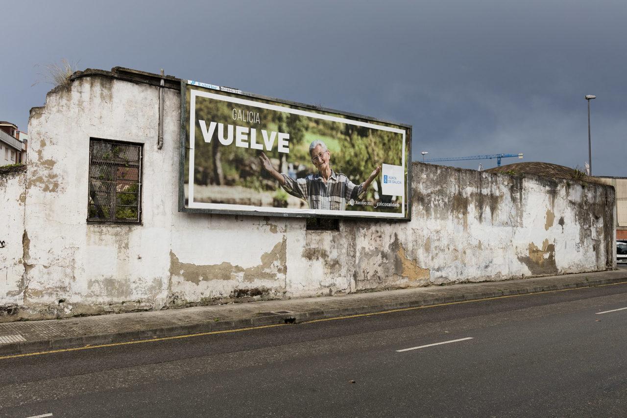 cartel galicia vuelve miGijón
