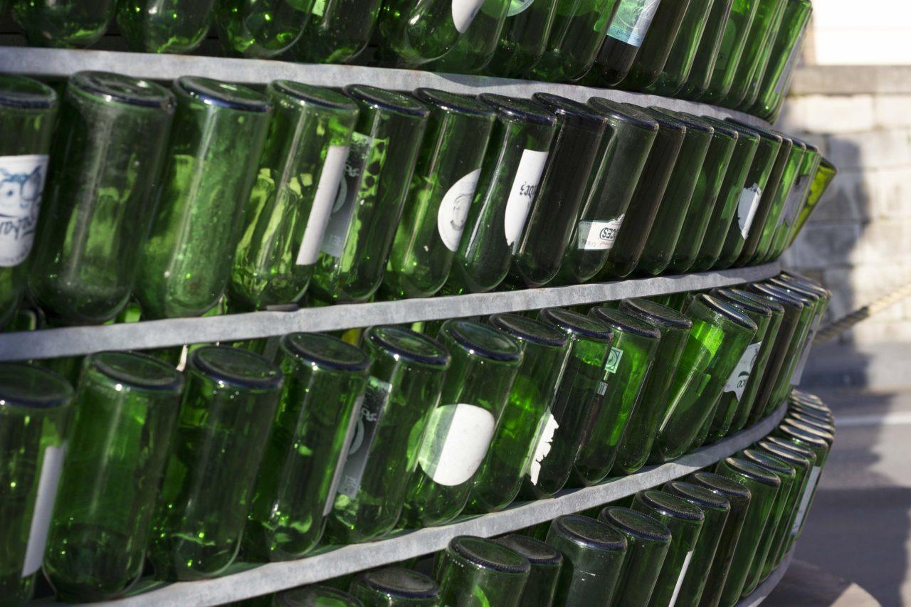 bottles-2451599_1920-1280x853.jpg