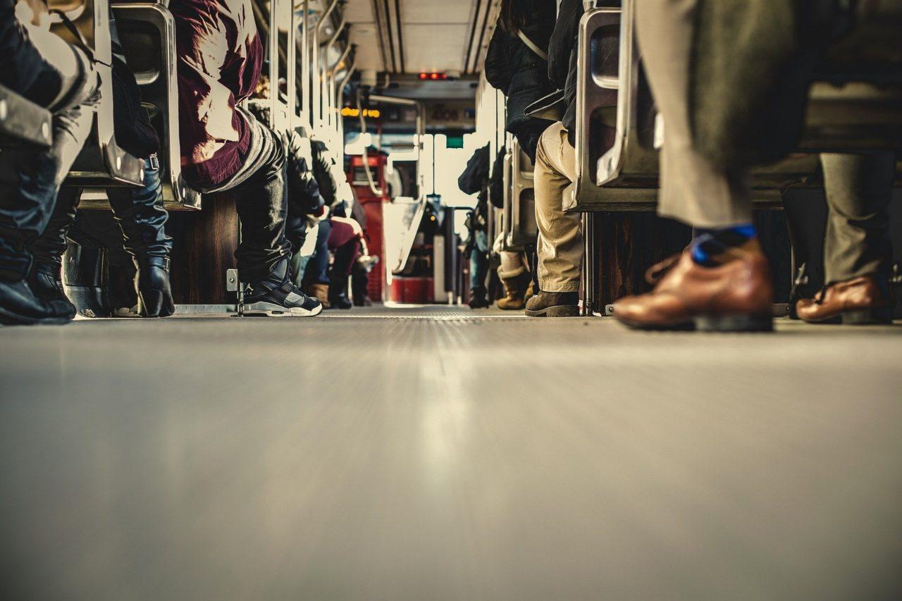 bus-690508_1920-1280x853.jpg