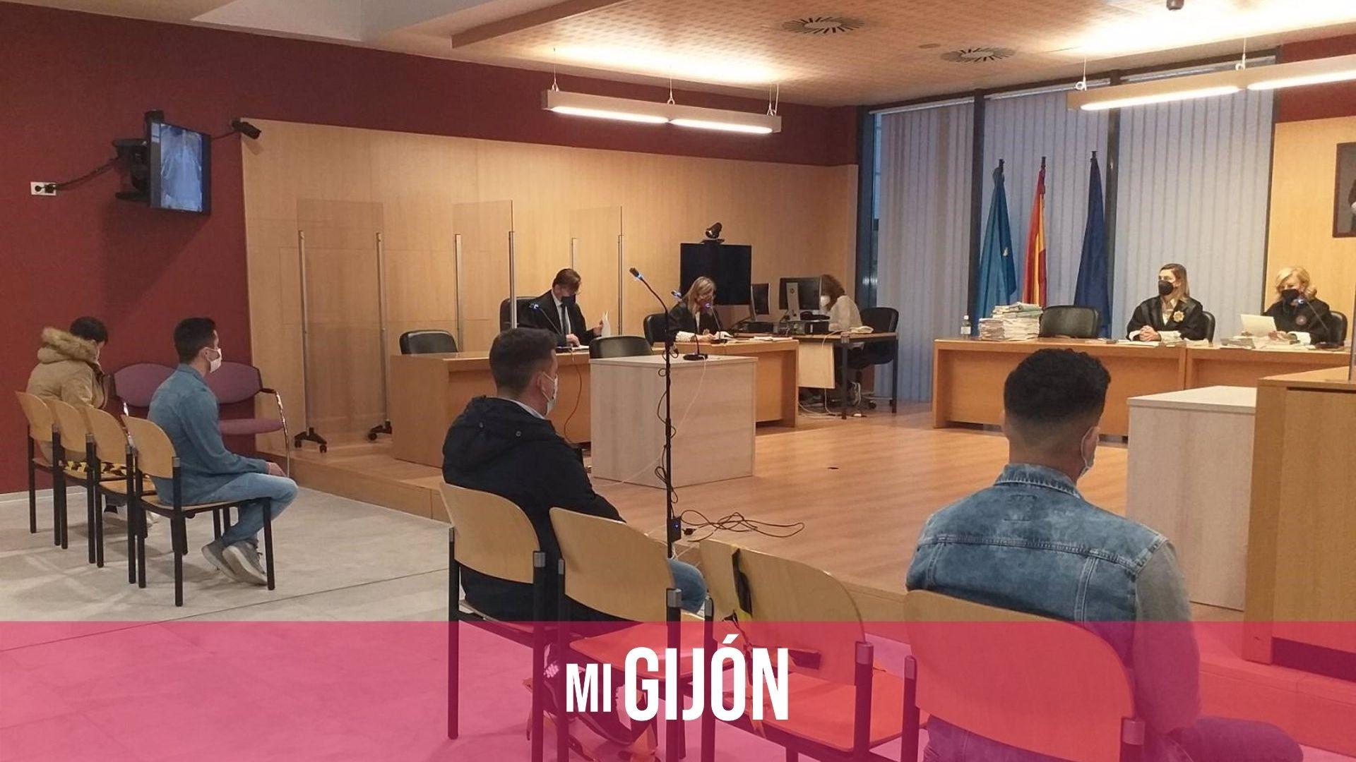 Los cuatro autores de la paliza a Germán pactan rebajar sus penas a 5 y 4 años de prisión